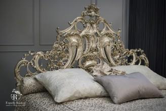 letto barocco intagliato a mano in folgia argento ( Fratelli Radice )
