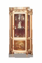 vetrina laccata avorio con paesaggio dipinto a mano